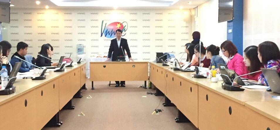 Ông Trần Minh Tân, Giám đốc VNNIC phát biểu khai mạc khóa đào tạo