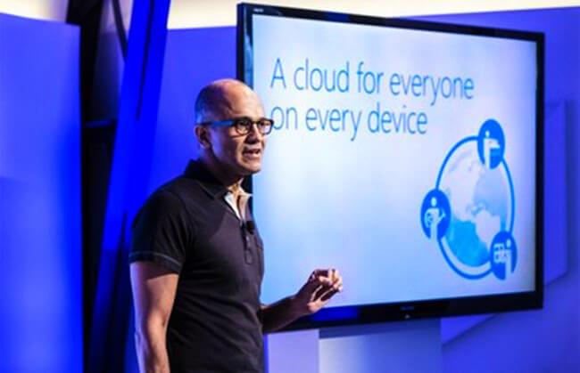CEO Satya Nadella đang lèo lái con thuyền Microsoft theo hướng tập trung nhiều hơn vào điện toán đám mây.