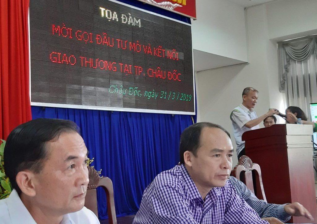 Ông Hoàng Mạnh Khải - Giám đốc ESC phát biểu.