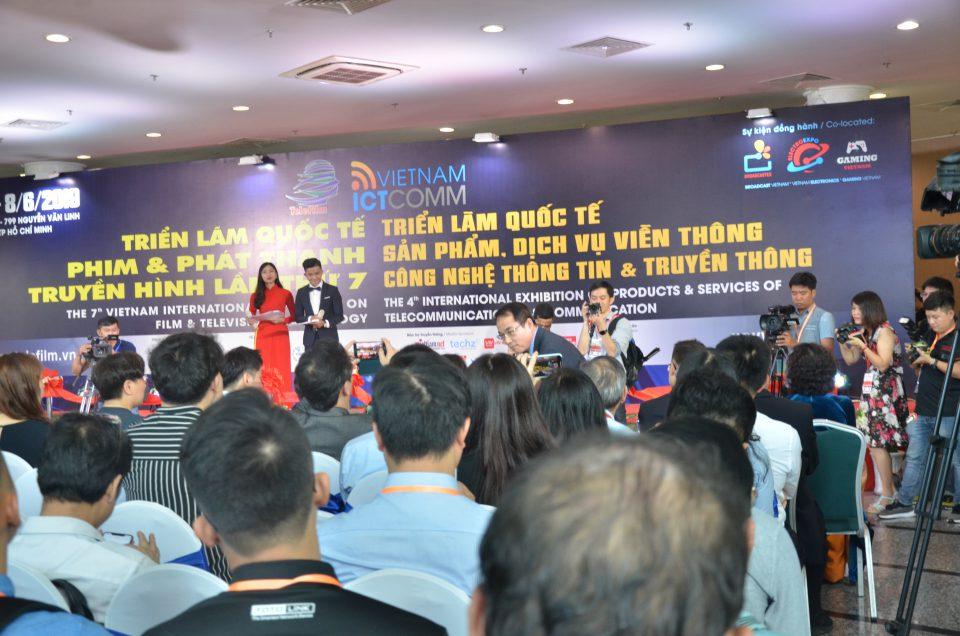 Quang cảnh buổi lễ khai mạc triển lãm ICTCOMM Vietnam 2019